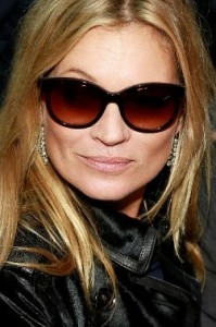 Kate Moss, famous celebrity vaper of e-cigarettes