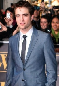 Robert Pattinson, famous celebrity vaper of e-cigarettes