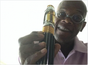 A portrait of Samuel L Jackson holding his Star Wars inspired Vape Pen.